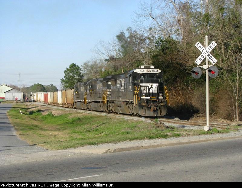 NS 8761