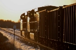 BNSF 7404 heads into the sunset