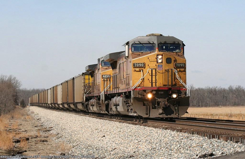 UP 7090 leads a loaded coal train south headed for Ashdown Arkansas