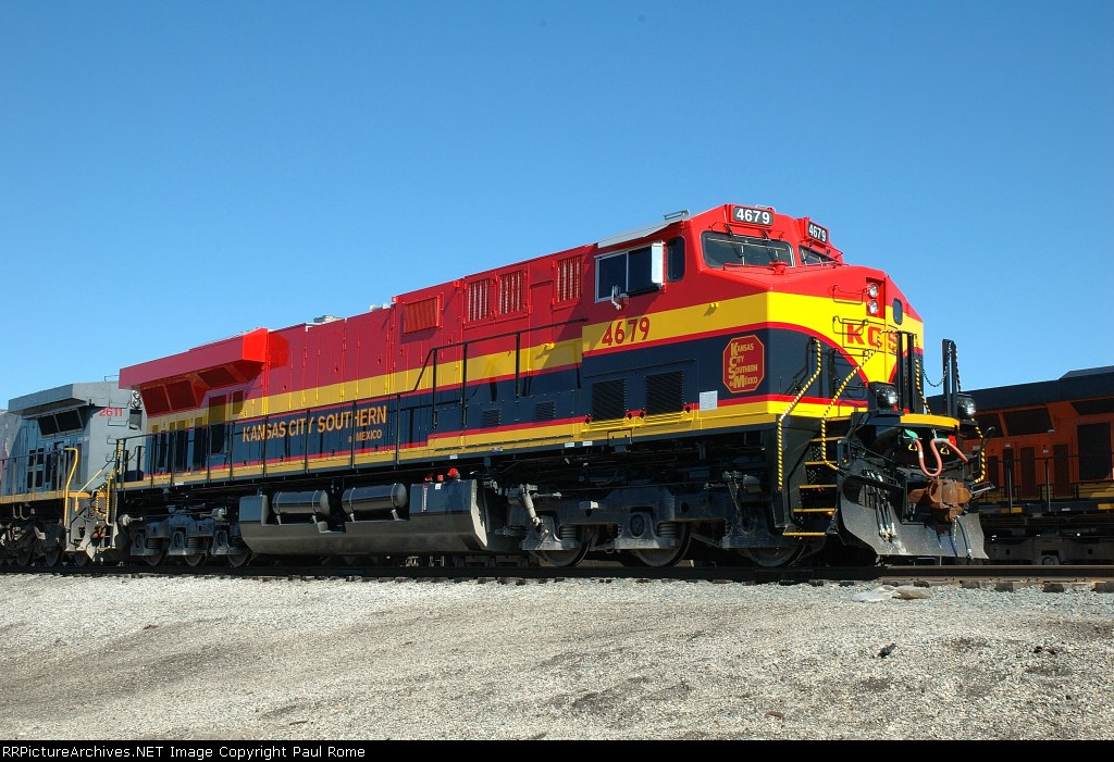 KCSM 4679, GE ES44AC, NEW at the KCS Knoche Yard