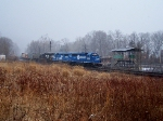 NS 3042 leads northbound h2w on a dreary winter day.