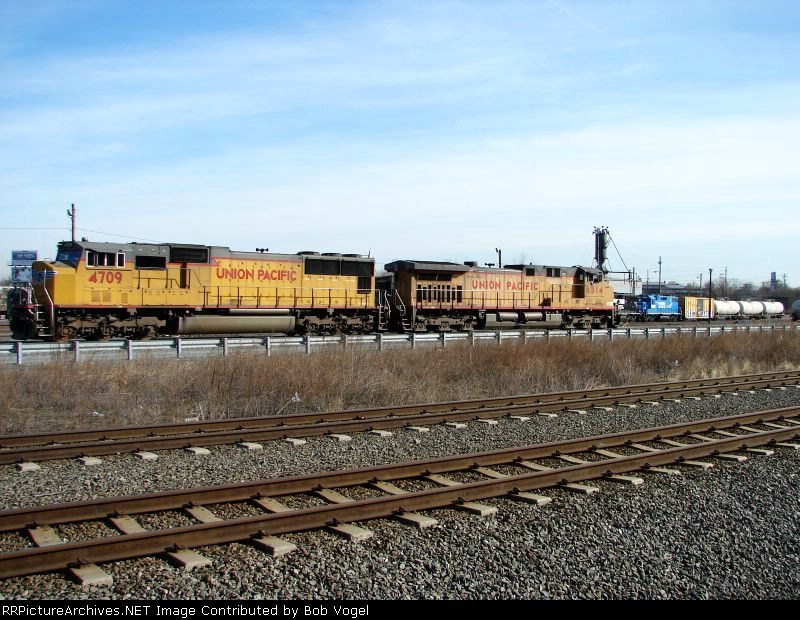UP 4709 and 6514