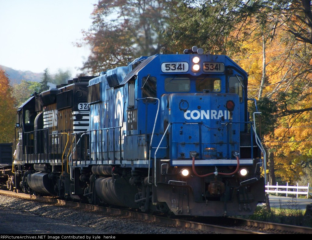 H2w northbound on a crisp fall day.