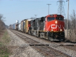 CN 2293 leads M392 eastward