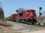 With it's autoracks stretched out through the sag behind it, CP 8766 splits the Haddix Rd signals leading X500-15