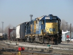 Y195 goes about its' work with two GP38-2's for power