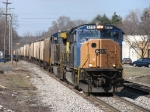 CSX 4717 nears the end of the double track with G852-18