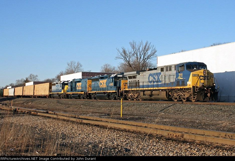 CSX 211 on Q-417
