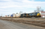 CSX 392 on Q-118