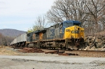 CSX 376 on Q-156