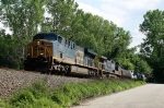 CSX 758 on Q-438