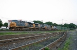 CSX 5477 on Q-702