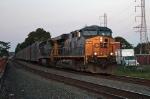 CSX 5233 on Q-409