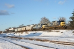 CSX 7613 on Q-417