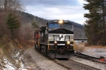 ns 166 gets ready to head into swannanoa tunnel east of Asheville