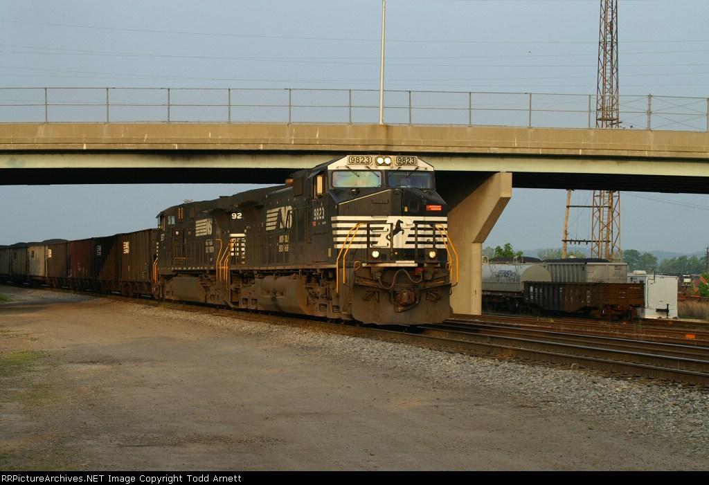 NS 9823