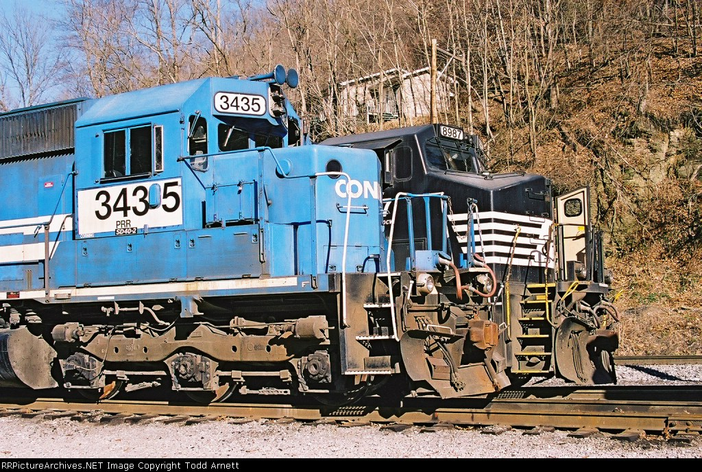 Former Conrail Unit and Widecab