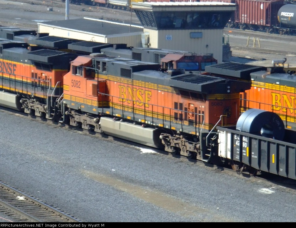 BNSF 5082