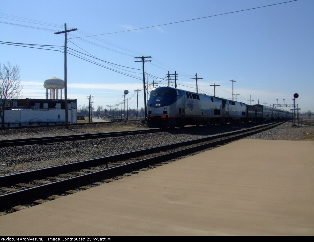 Amtrak 87