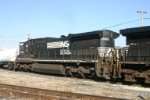 NS 8706 with white roof CSX style