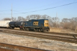 CSX 1515 pulls Q373 out of Barr to head up the CE&I