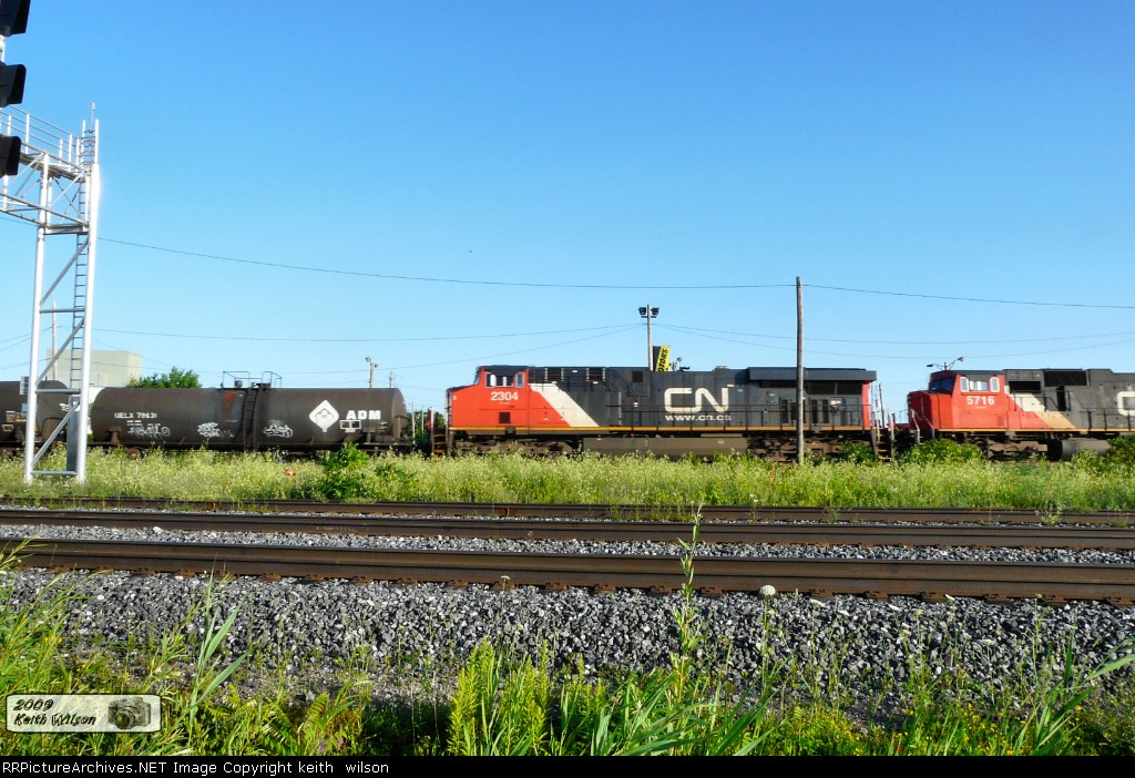 CN 2304