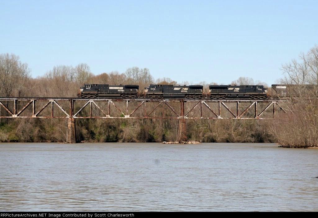 NS 67E south on Catawba River bridge