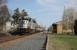 NJT 4210 pulls train 4678