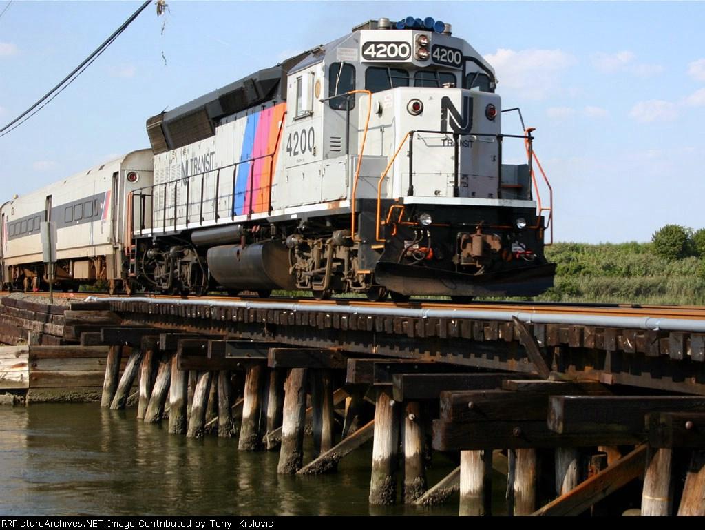 NJT 4200 Crossing The Manasquan River