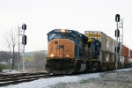 South bound CSX 4765 head towards Howell Yard.