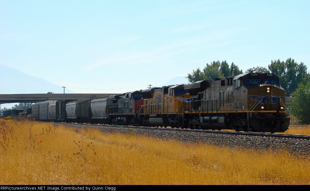 RARE ALIGNMENT OF NUMERICAL DATES OF 10-10-2010 GREETS UNION PACIFIC'S M-WCSC AT PROVO,UTAH.