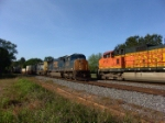 CSX 4725 passing the torch to BNSF 4191