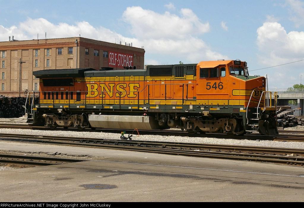 BNSF 546