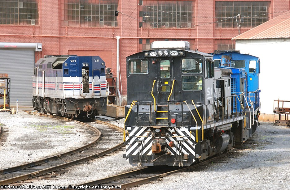 Switchers and a passneger locomotive