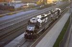 Eastbound NS 5647 & 5648