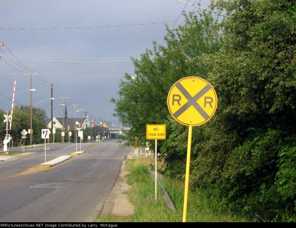 Quite Zone Grade Crossing Signs