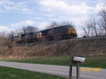 CSX 5299 leads 6 units, including 3 switchers, on Q515-25