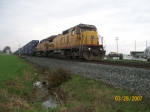 UP 9119 leads Q131-28 through Calcutta Cemetary