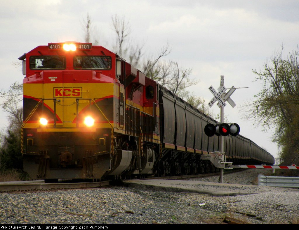 Northbound KCS Empty Grain Train