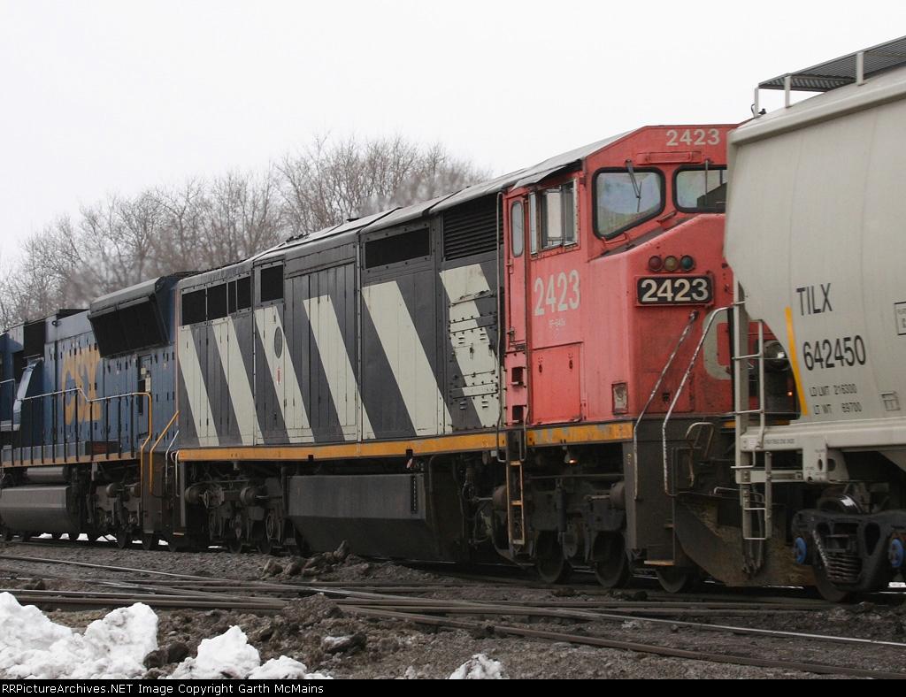 CN 2423