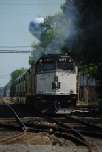 NJT 4127 on the equipment move