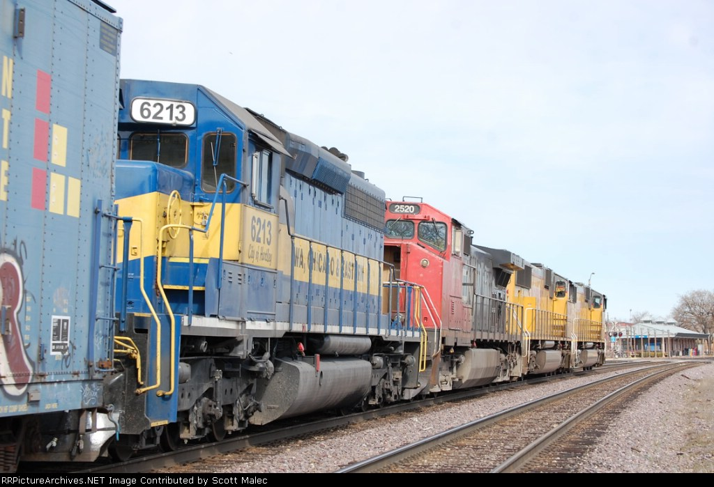 UP 4203, 4634, CN 2520 & ICE 6213