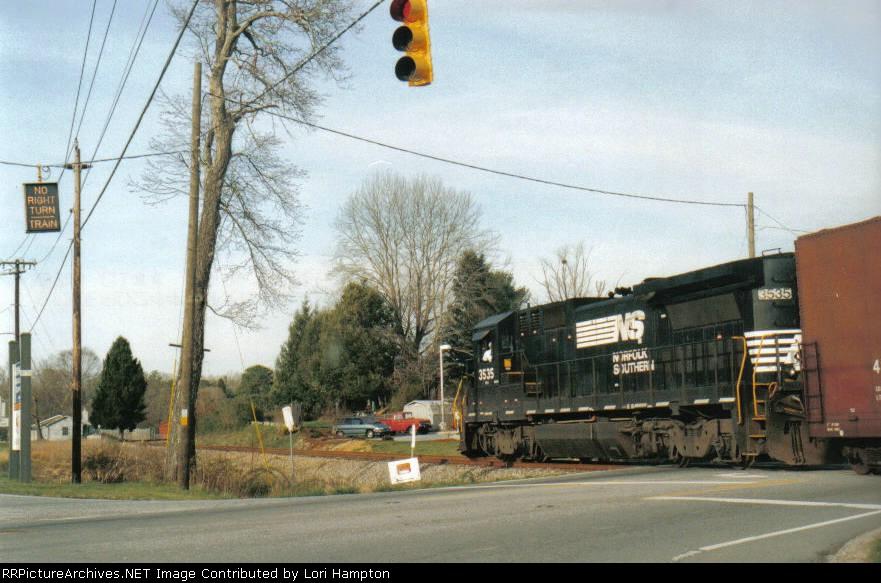No Right Turn....TRAIN!!!