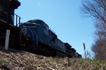 Conrail lends a hand on this heavy train