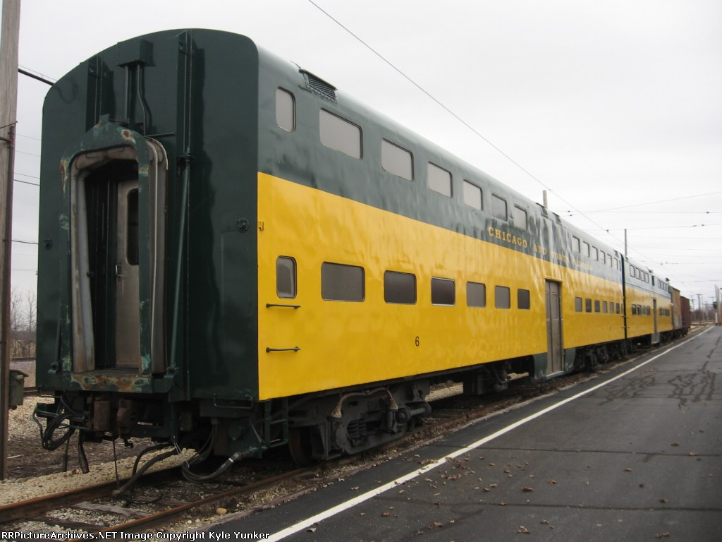 C&NW commuter car