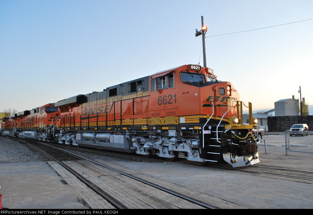 Close up of a Brand new BNSF 6621 ES44C4 less than a week old as she waits for the High Ball out of BNSF La Crosse, WI.