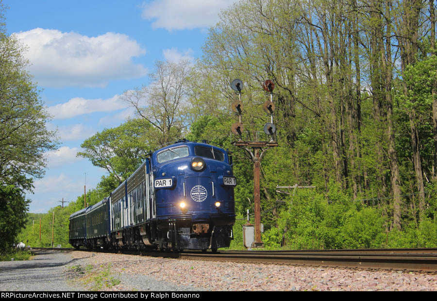 Off home rails, the Pan Am OCS diverts onto the D&H and heads for Mohawk Yard