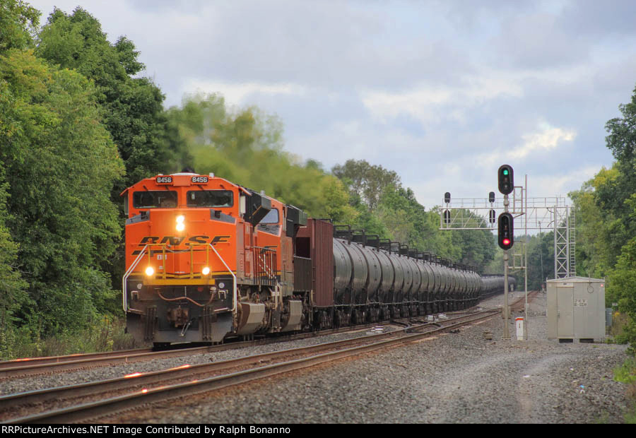 Ace 8456 leads eastbound K044 through the signals