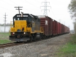 WAMX 3829 leads GDLK120 south with empty cars for Fisher Body