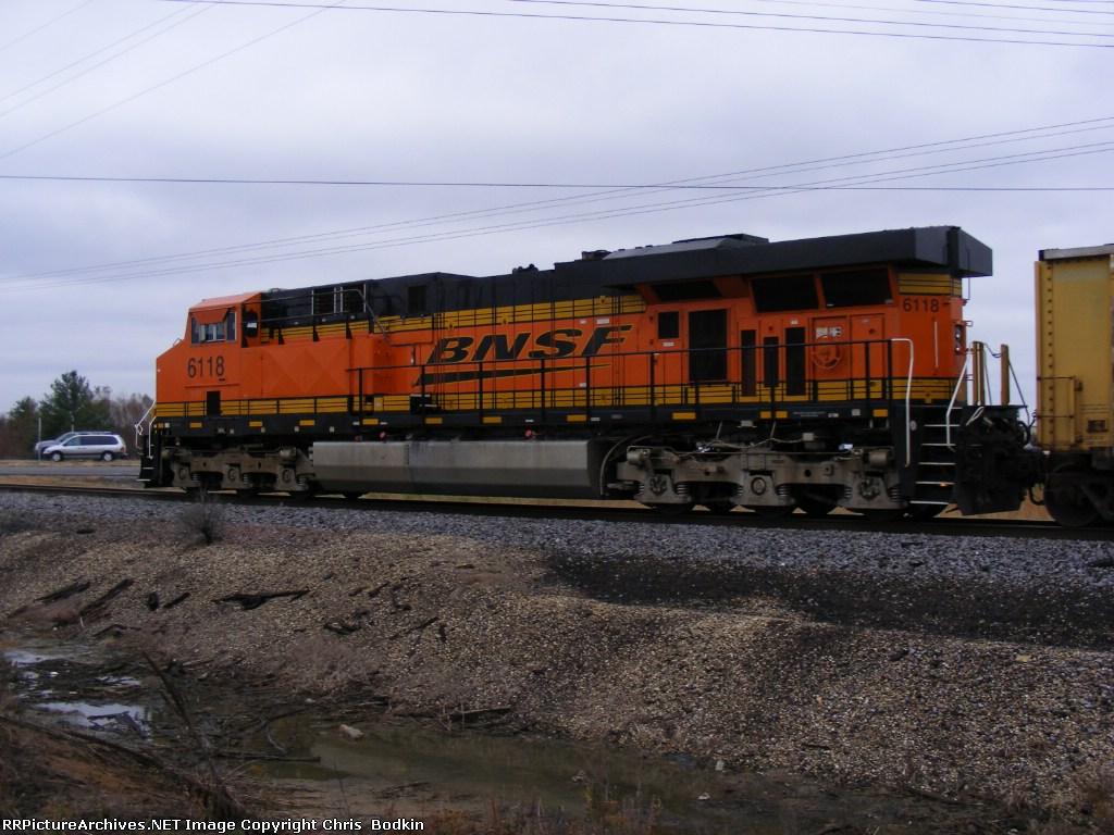 BNSF 6118